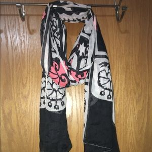 Women's black white and pink scarf